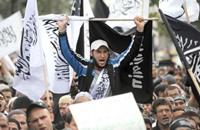 تونسيون يطالبون بإقامة الخلافة الإسلامية