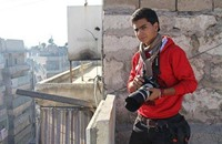 تلغراف تتابع رحلة المصور السوري الراحل ملهم بركات