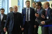 غزل إيراني-سعودي في مؤتمر للطاقة بموسكو.. والنفط ينتعش
