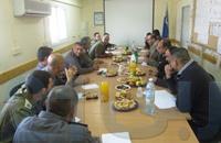 """الاحتلال ينشر """"صورة"""" اجتماع مع السلطة في الخليل"""