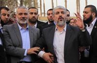 حماس تعلن استعدادها دعم عباس بمواجهة خطة كيري