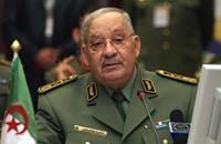 """جيش الجزائر: الشعب يعي جيدا """"ولا تلقوا بأيديكم إلى التهلكة"""""""
