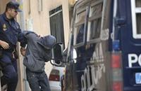 رجل يقتحم بسيارة مفخخة مقر الحزب الحاكم في إسبانيا