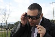نظارة ذكية تساعد المكفوفين على تجنب الحوادث