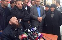 سلفي يلتقي خاطفي العسكريين اللبنانيين وينقل مطالبهم