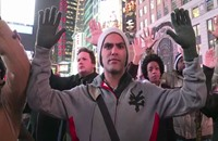 الآلاف يحتشدون بتظاهرات في أحياء نيويورك (فيديو)