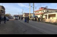 مسلحون يقطعون الطريق الدولي في لبنان (فيديو)
