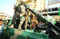 """ماذا وراء تجارب """"حماس"""" الصاروخية؟"""