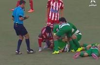 إنقاذ لاعب مغربي من الموت بعد اصطدام خطير بزميله (فيديو)