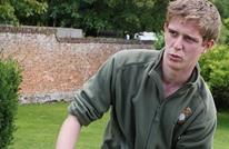 جندي بريطاني فقد قدمه بالعراق يعلن وقوفه ضد الإسلاموفوبيا