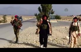مسلحون تابعون لبرلماني أفغاني يعدمون 4 عناصر من تنظيم الدولة