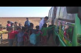 مدارس متنقلة.. لتعليم الأطفال السوريين جنوبي سوريا