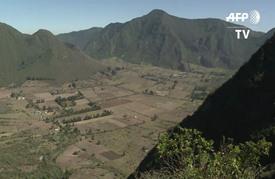 حياة وادعة في فوهة بركان في الإكوادور