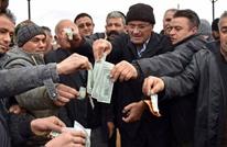 بالصور.. هكذا استجاب الأتراك لطلب أردوغان لإنقاذ الليرة