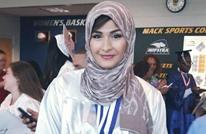 مجموعة سكارى تهتف لترامب تحاول نزع حجاب مسلمة في نيويورك