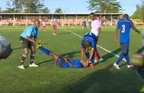 مؤثر.. لاعب تنزاني احتفل بهدفه فتوفي بعد ذلك بدقائق (فيديو)