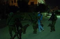 الاحتلال يعتقل 25 فلسطينيا بالضفة والقدس ويهدم 5 منازل