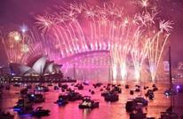 العام الجديد 2019 يبدأ في مدن عالمية وسط احتفالات (شاهد)