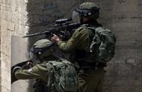 حملة اعتقالات تطال 21 فلسطينيا وهدم مدرسة بالضفة المحتلة