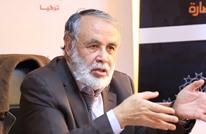 جدل وانتقادات حادة لمفكر تونسي تهجم على الرئيس سعيّد