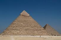 فيلم إباحي جديد بالأهرامات.. لماذا يفضلون الآثار المصرية؟