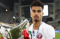 نجم منتخب قطر يتجول مع لاعب سعودي.. وتفاعل (شاهد)