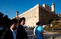 مستوطنون ووزير إسرائيلي يقتحمون الأقصى والمسجد الإبراهيمي