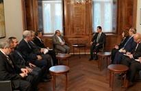 الأسد يجتمع بوفد إيراني ويؤكد استمرار معارك إدلب السورية
