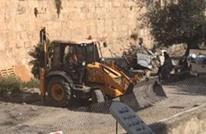 الاحتلال يواصل تجريف مقبرة اليوسفية في القدس المحتلة