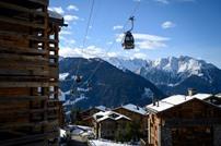 هروب 200 بريطاني من الحجر الصحي في سويسرا