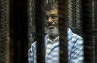 القضاء المصري ينتدب 10 محامين للدفاع عن مرسي