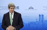 كيري يهدّد عباس بمقاطعة دولية إن فشلت المفاوضات