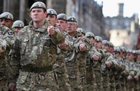مجندة بريطانية تقاضي وزارة الدفاع للتحرش بها جنسيا