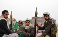 34 قتيلا في معارك الحوثيين والقبائل وسط اليمن