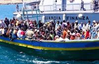 وصول 220 مهاجرا لإيطاليا قبل الاجتماع بشأن الأزمة