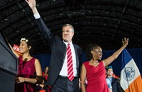 رئيس بلدية نيويورك يوظف زوجته دون أجر