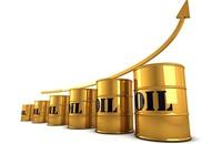 ارتفاع أسعار النفط بدعم من ضعف الدولار
