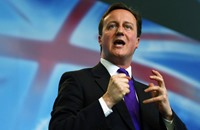عريضة تطالب رئيس وزراء بريطانيا بإلغاء زيارة السيسي