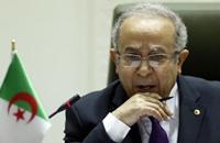 وزير خارجية الجزائر في زيارة لتونس هي الثالثة خلال شهر