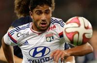 ثنائية فقير تعيد ليون إلى صدارة الدوري الفرنسي