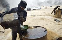غارات التحالف تدمر أسطول ناقلات نفط لتنظيم الدولة في سوريا