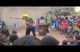 """مهرجان """"الشوارع"""" في بوركينا فاسو عروض فنية في الأحياء الشعبية"""