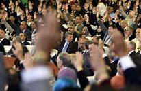 تغيير حكومي بالجزائر والصراع يحتدم بين زعيمي حزبي السلطة