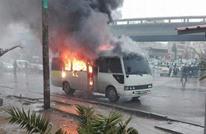 سائق أردني يحرق حافلته احتجاجا على مخالفة سير (فيديو)