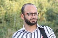 منظمة: الصحفي الساعي يتعرض لتعذيب وحشي بسجون السلطة