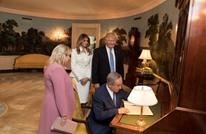 """هآرتس: ترامب لم يقدم لنتنياهو وزوجته سوى """"الحب"""""""
