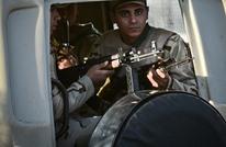 الأمن المصري يعتقل 5 فلسطينيين من العالقين بالمطار