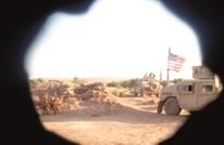 """شاهد.. القوات الأمريكية تحرس منبج بالتعاون مع """"حزب العمال"""""""