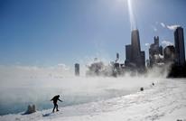 وفاة 21 أمريكيا جراء عاصفة قطبية بشيكاغو (صور)