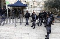 الاحتلال يشن حملة اعتقالات بالضفة.. واقتحامات للأقصى
